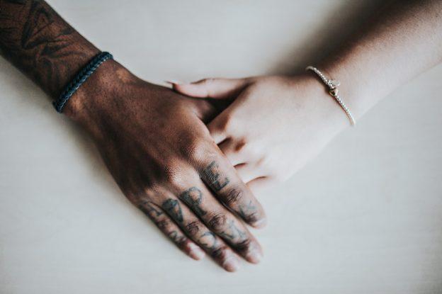custom livestrong bracelets
